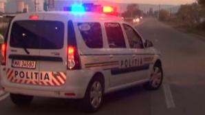 Un băiat 3 ani a murit, după ce a fost lovit de un microbuz condus de un adolescent de 17 ani