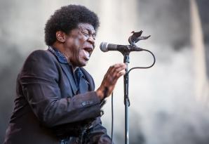 DOLIU în lumea muzicii. Un cântăreţ de legendă a murit, după o grea suferinţă