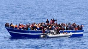 Aproape 90 de migranţi au fost depistaţi pe un pescador, în Marea Neagră