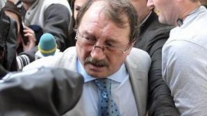 Mircea Băsescu află astăzi dacă va fi eliberat condiţionat