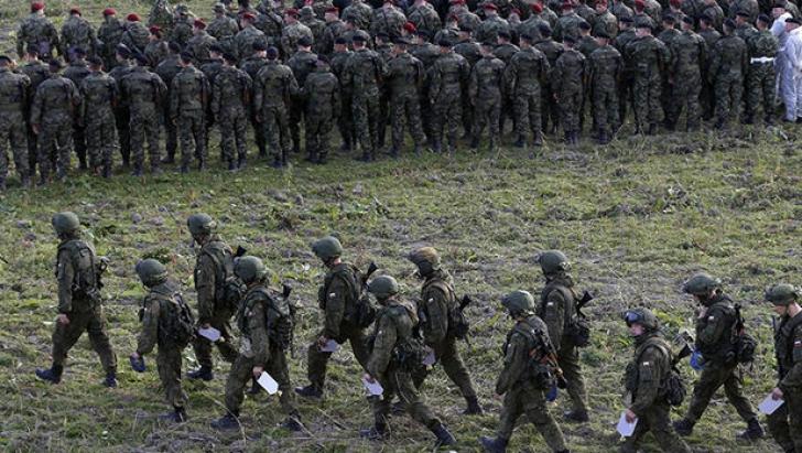 100.000 de militari ruși mobilizați. Mutări de trupe fără precedent. Temeri privind o invazie