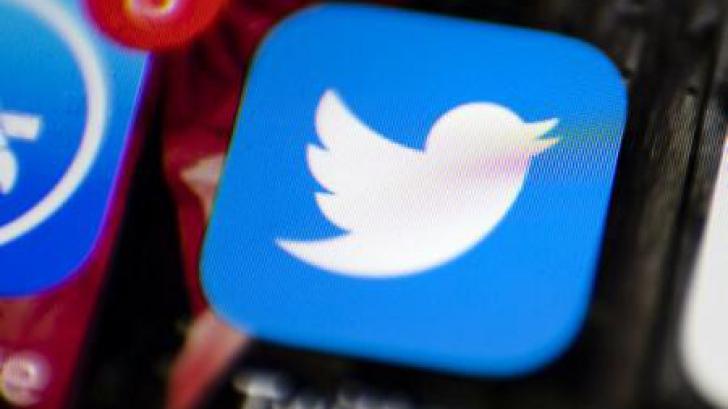 Aproape 940.000 de conturi Twitter au fost închise