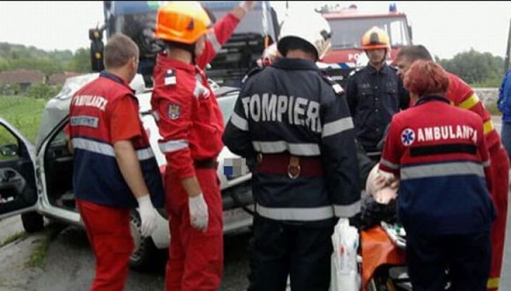 Accident CUMPLIT : O tânără a pierdut sarcina în urma unui accident rutier