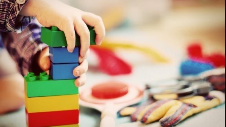 Copiii din Constanța, în PERICOL! Ce au găsit inspectorii ANPC în patru grădinițe
