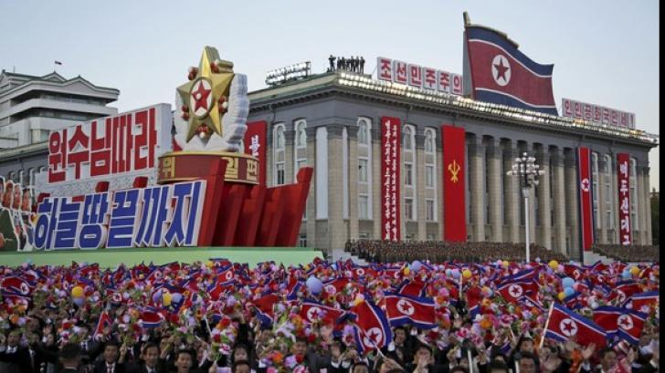 INCREDIBIL! Paradă în cinstea ultimului test nuclear efectuat de Coreea de Nord