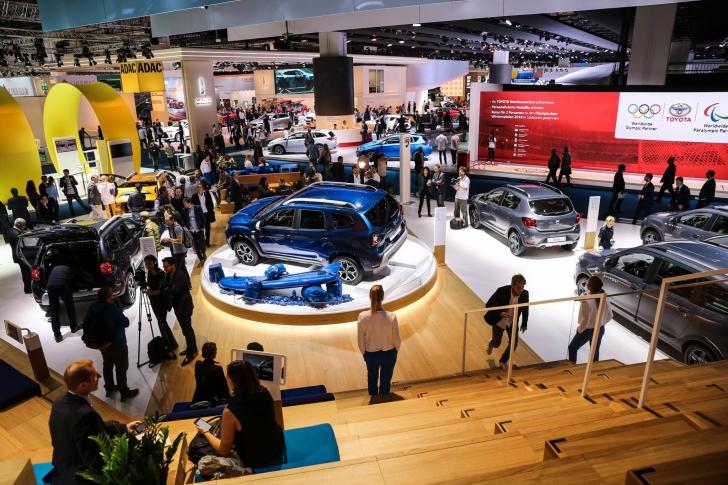 DACIA DUSTER face ravagii la Salonul Auto de la Frankfurt. GALERIE FOTO