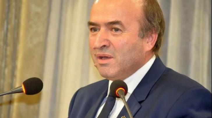 Ministrul Justiției: Calitatea hranei pentru deținuți va crește