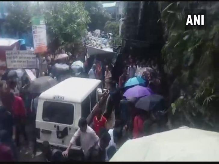 CARNAGIU într-o gară din Mumbai: o busculadă a ucis cel puţin 22 de persoane. Alte 30, rănite