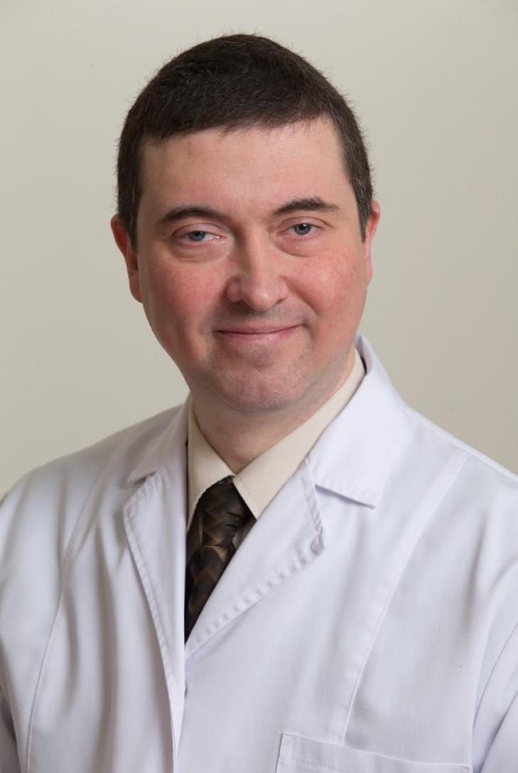 "Chirurgul vascular Rafael Halpern, despre pericolul varicelor: ""Cele mai afectate sunt femeile"""