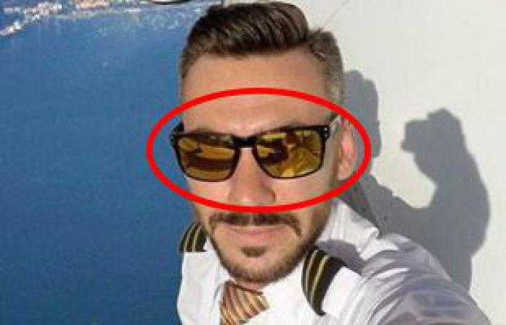 Spune tuturor că SELFIE-urile lui sunt modificate în Photoshop, dar nimeni nu îl crede!