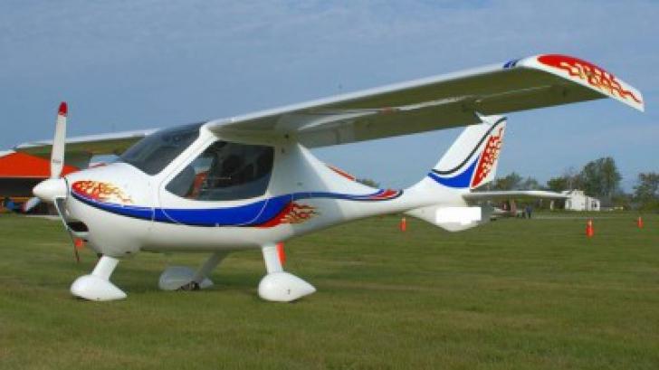 Avion ultrauşor care trebuia să aterizeze la Bucureşti, DISPĂRUT de pe radar. Unde a fost găsit