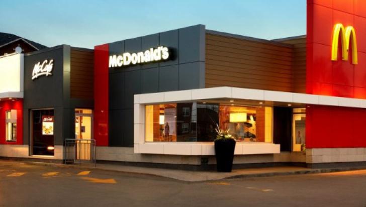 """Scandal la un McDonald's din Spania: """"Nu mai servim țigani sau români!"""""""