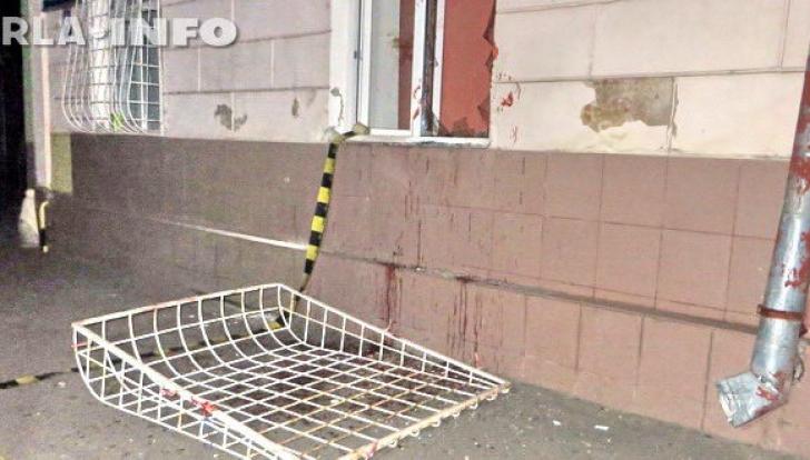 Scandal la spital! Un bărbat a spart un geam și a rupt grilajul pentru a intra după orele de program