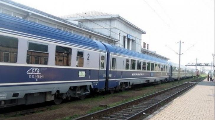 Zeci de imigranți, găsiți într-un tren în județul Timiș