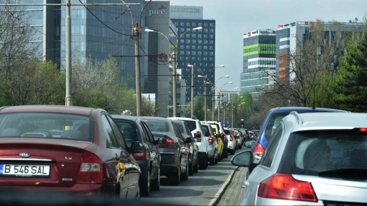 Atenţie, trafic rutier îngreunat în prima zi de şcoală! Care vor fi cele mai AGLOMERATE zone