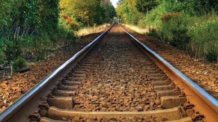 Accident feroviar la Băile Tușnad: Un tren cu 90 de călători în el a deraiat