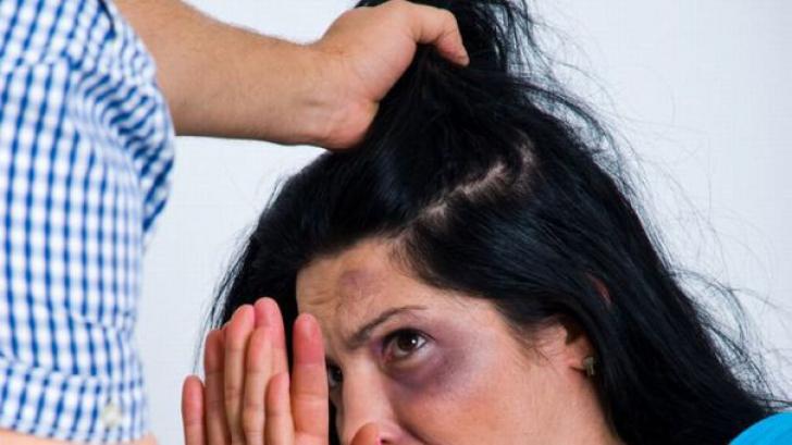 Caz șocant în Brașov! Femeie lovită, sechestrată și împușcată de iubitul gelos