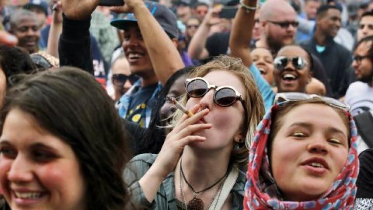Cel mai consumat drog din România. Tinerii spun că e inofensiv, autorităţile le arată riscurile