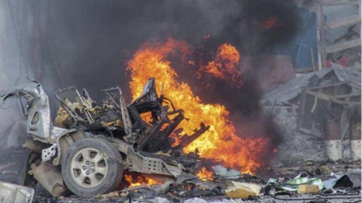 Explozii masive în capitala Somaliei: cel puțin 17 morți. Atac armat în desfășurare într-un hotel