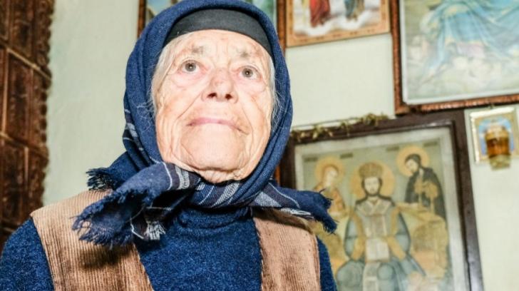 Are 93 de ani, o pensie de 500 de lei. Cum a donat 10 000 lei pentru Catedrala Mântuirii Neamului