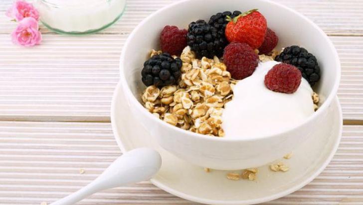 Ce să mănânci ca să nu-ţi mai fie foame. Alimentele care îţi reduc pofta de mâncare