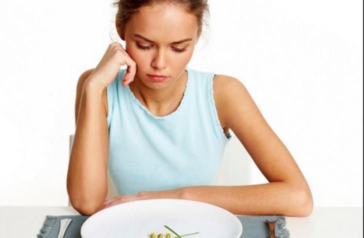 Ce mănâncă, de fapt, femeile slabe. Meniul complet