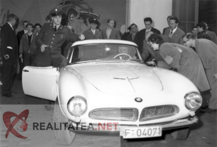 Imagini în premieră. Cum arăta maşina exclusivistă pe care Elvis Presley a plătit 3.500 de dolari