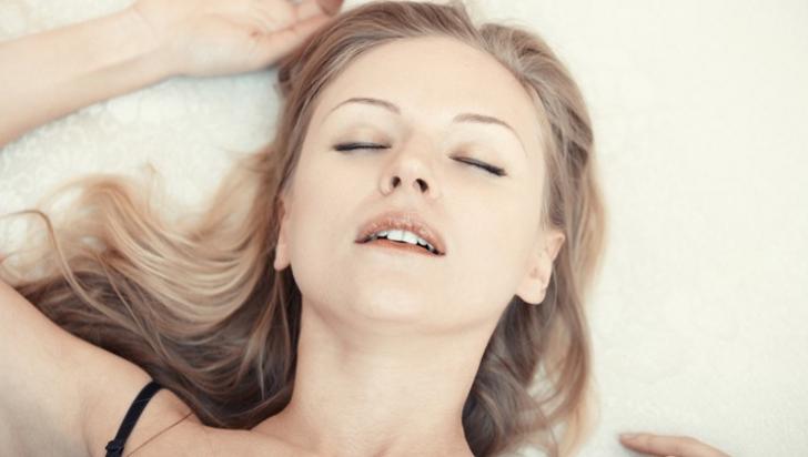 Ce se întâmplă în corpul tău în timpul orgasmului