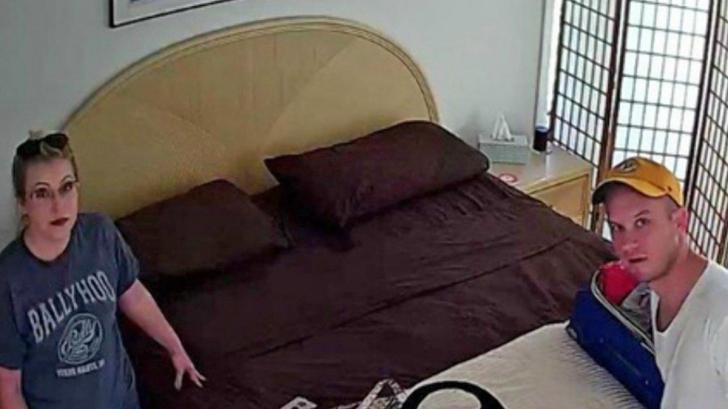 Au închiriat un dormitor prin Airbnb și au descoperit că proprietarul îi filma