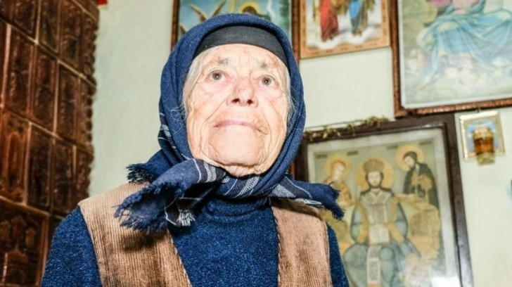 O bătrână a donat 10.000 de lei pentru Catedrala Mântuirii Neamului, deşi abia are ce să mănânce