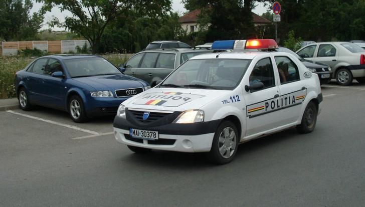 Şofer drogat, descoperit de Poliţie, la volanul unei maşini, în Bucureşti. Ce ascundea în portbagaj