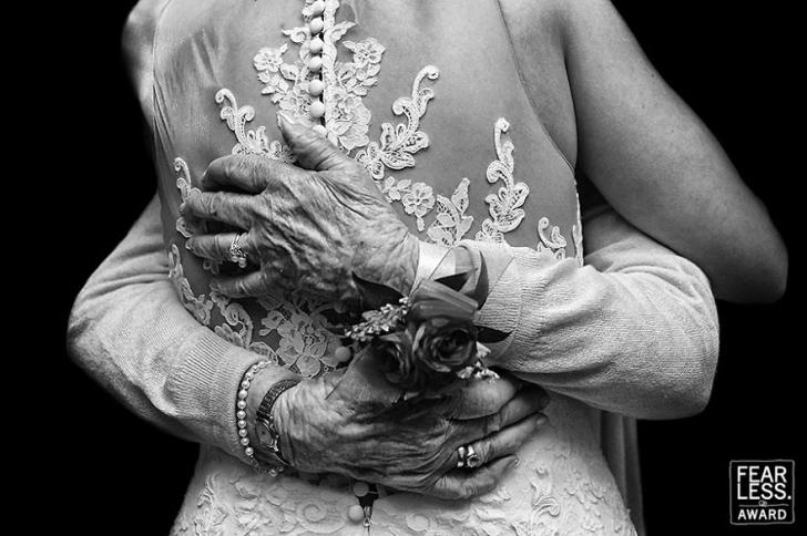 Cele mai frumoase poze de nuntă din 2017: Vei fi emoţionant!