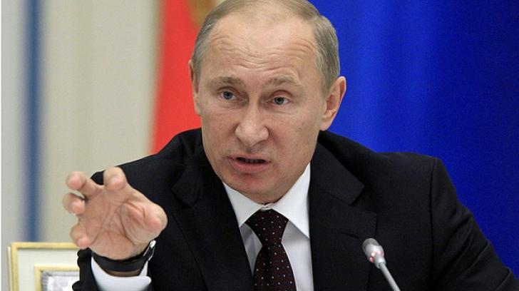 Ce a decis Putin că vor păți funcționarii publici din Rusia găsiți vinovați de CORUPȚIE