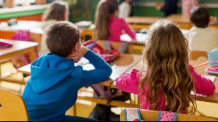 Ziua Educatiei 2017. De ce doar elevii din Bucureşti şi din alte două judeţe au liber pe 5 octombrie