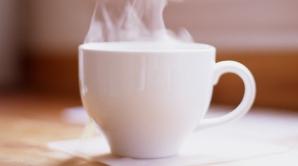 6 lucruri care se întâmplă în corpul tău când bei apă caldă pe stomacul gol