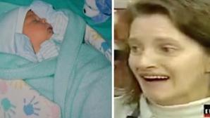 Şi-a dat copilul spre adopţie. După 22 de ani, află că, în tot acest timp, erau sub acelaşi acoperiş