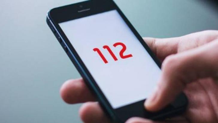 Tânără amendată după ce a sunat la 112 pentru a sesiza un posibil furt. Motivul este halucinant