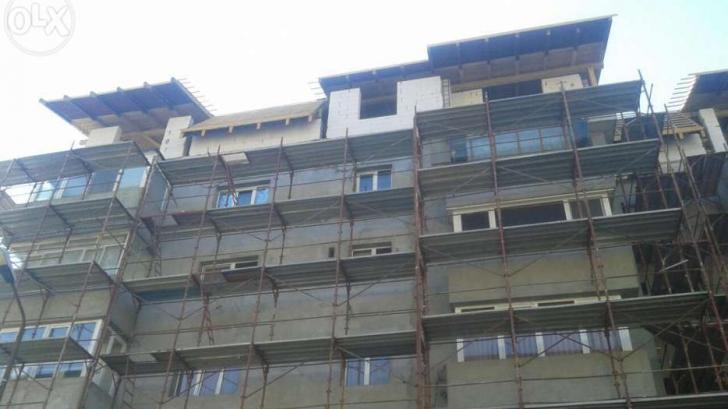 Zeci de mii de români ce locuiesc în astfel de blocuri, în ILEGALITATE. Trebuie să ia măsuri urgent