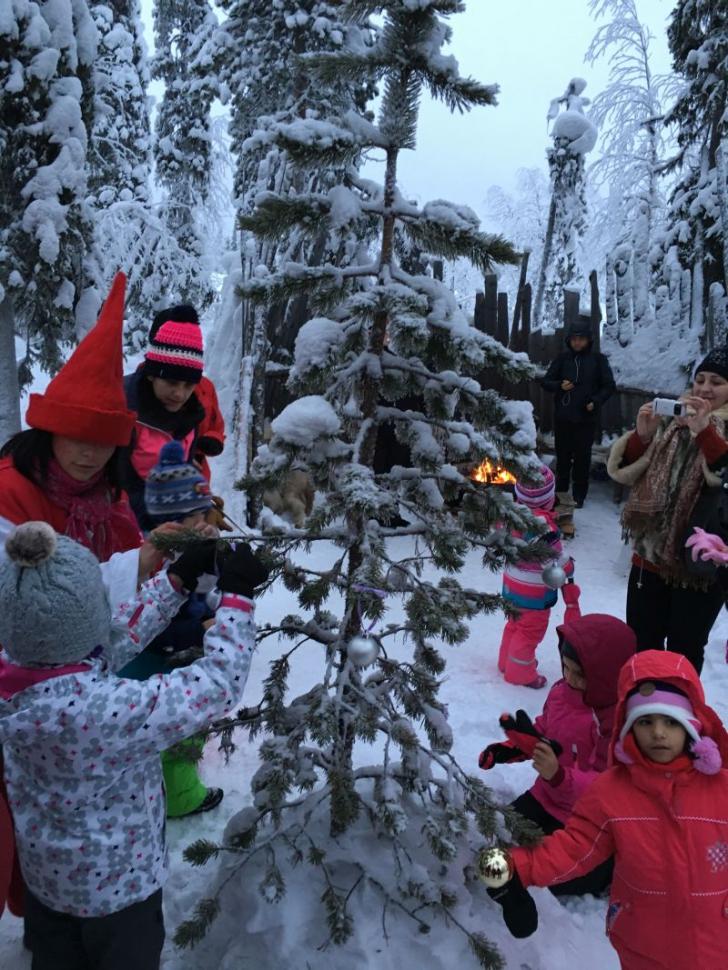 Vacanță în Țara lui Moș Crăciun. Cel mai frumos loc unde să-ți petreci Sărbătorile (P)