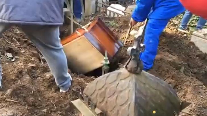 Incident la înmormântarea Cristinei Stamate
