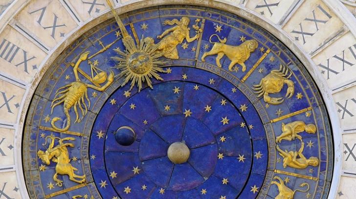 Horoscop 4 noiembrie. Destinul unei zodii pare scris cu AUR. În schimb,lacrimi şi necazuri pentru...