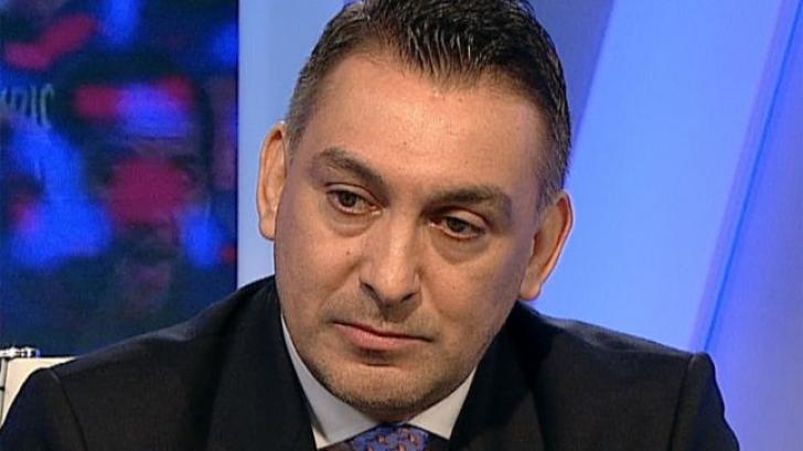 Ilie Dumitrescu, traumatizat după ce s-a lăsat pe mâna stomatologului Loţi Boloni