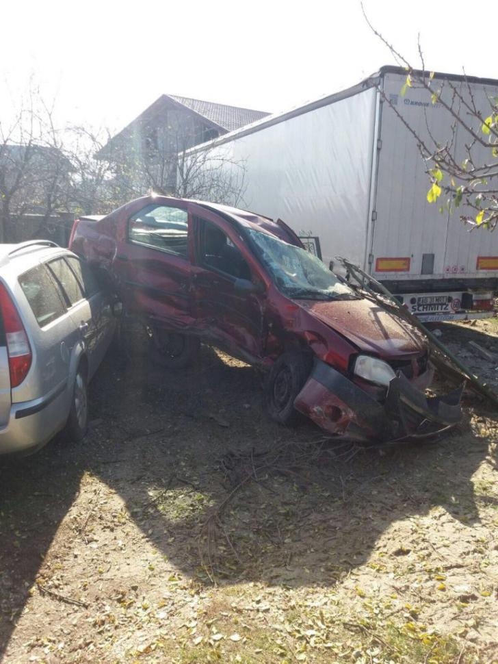 CARAMBOL în județul Giurgiu: 5 mașini au fost implicate