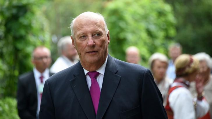 Regele Harald al V-lea al Norvegiei se află în spital
