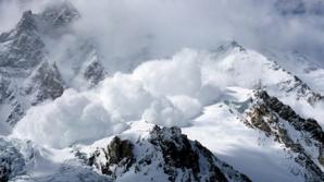 Atenţie, turişti! Risc mare de avalanşă în Munţii Făgăraş