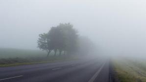 ANM a emis atenţionări de vânt şi ceaţă pentru mai multe judeţe din România