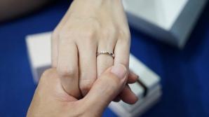 Proaspăta logodnică a fost nemulțumită și de costul inelului