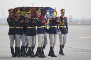 Regele Mihai a ajuns în România