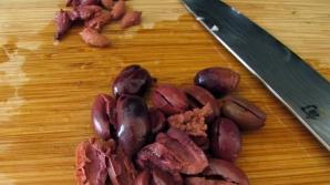Nu mai arunca sâmburii de măsline! Beneficiile pentru sănătate sunt spectaculoase