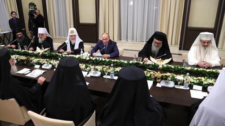 FOTO: Patriarhul Daniel, la cină cu Vladimir Putin, alături de șefii Bisericilor Ortodoxe